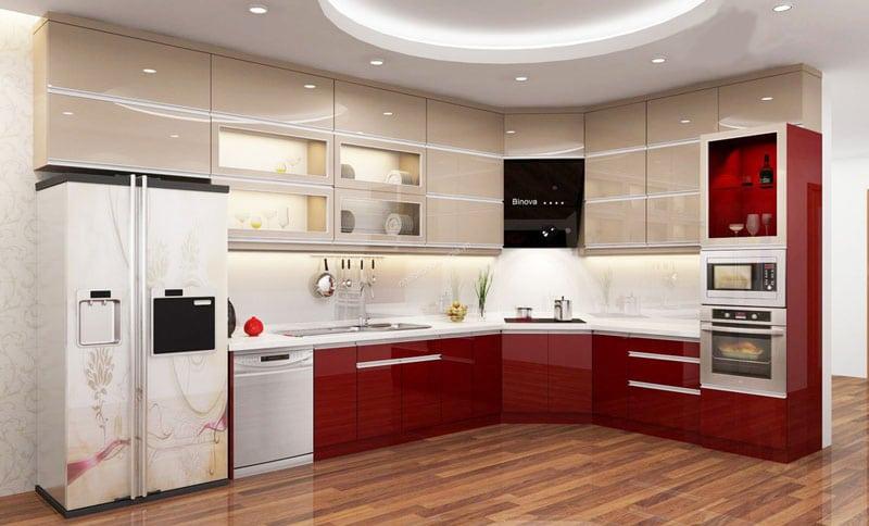 Tủ bếp nhựa đẹp acrylic gam màu đỏ tươi sáng, tạo sự bắt mắt, ấn tượng cho người bước chân vào phòng bếp