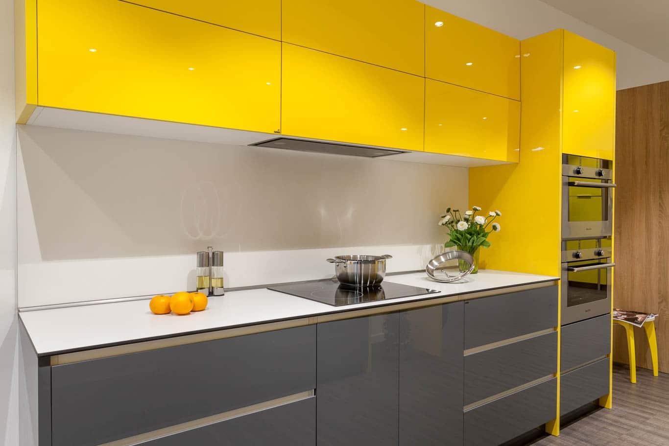 Kinh nghiệm làm tủ bếp cho ngôi nhà của bạn. Mẫu tủ bếp phù hợp với những người mang mệnh thổ