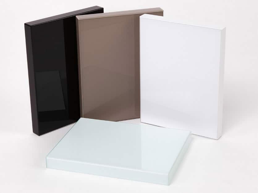 Mẫu gỗ Acrylic pha lê: mẫu này có tấm foil acrylic dày 2mm
